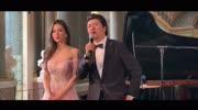 郎朗婚禮視頻曝光,郎朗和24歲韓德混血新娘在結婚現場彈鋼琴!
