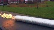 老外自制100公斤烟雾弹,点燃后是什么场面?画面太壮观了!