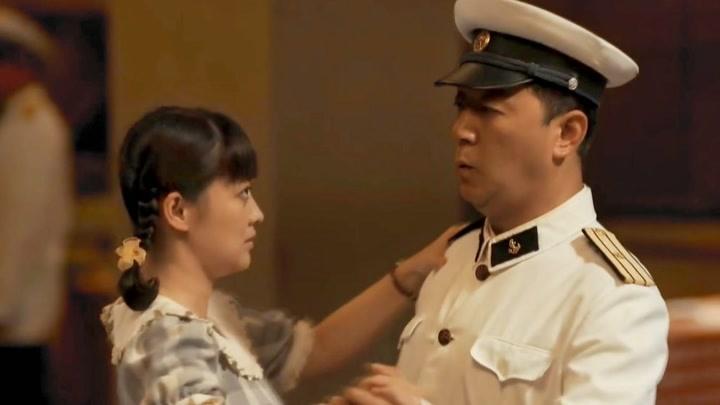 直男江德福對安杰一見鐘情,展開瘋狂的追求,一定要娶到她!