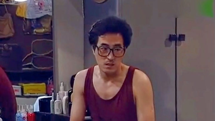 他和宋丹丹演情侶走紅,婚姻被質疑入贅,在三十而已與兒同臺飆戲