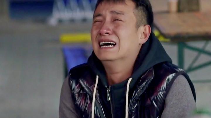 小爸爸:兒子三妹跟舅舅走了,得知是泰勒設的局,堅強的男人哭了